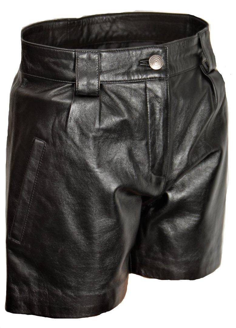 nuovo economico Più affidabile come ottenere Pantaloni corti in pelle in elegante stile ELEGANTE