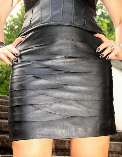Design Leather Skirt in GENUINE LEATHER