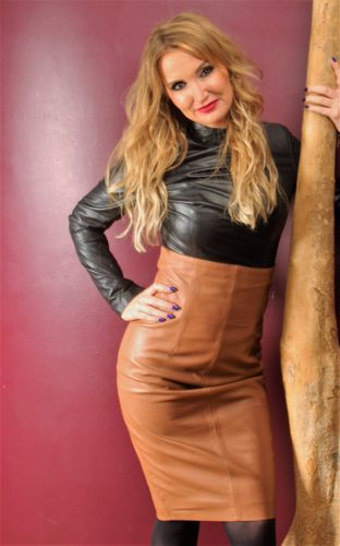 Leather High Waist Skirt High made of Genuine Leather in cognac