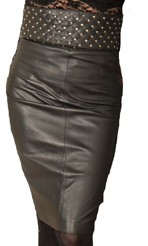 Leather Skirt With High Waist Made of Lamb Nappa in Black