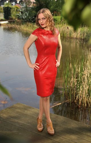 Elegant GENUINE LEATHER Dress in knee-length in Red