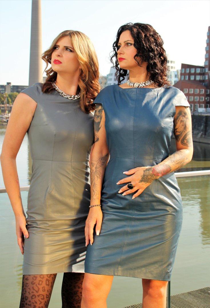 lederkleid aus echt-leder elegant in knielang in grau