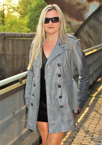Trench Coat in Genuine Leather Coat in Steel - Gray