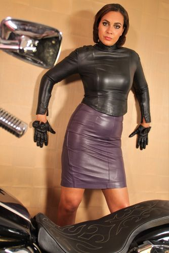 Leather Pencil Skirt in GENUINE Leather Purple