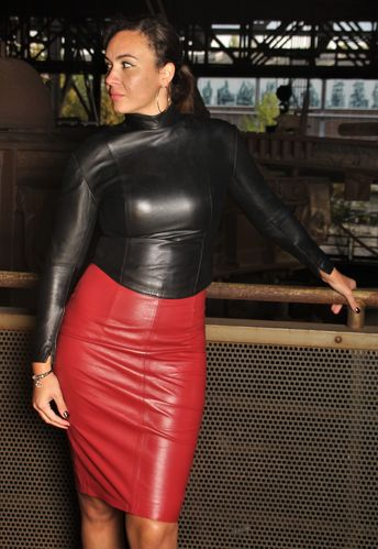 Leather High Waist Skirt in soft Genuine Leather in dark red
