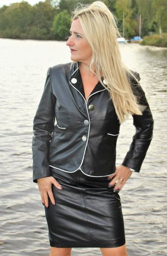 Leather Blazer in noble Business Style in black