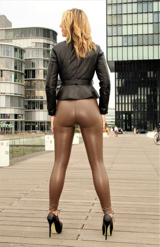 Stretch-Lederhose als Leder-Leggings in braun